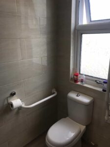 wet room for disabled persons